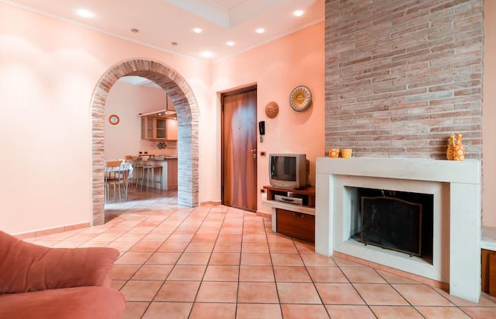 Romantico appartamento in centro storico-mare