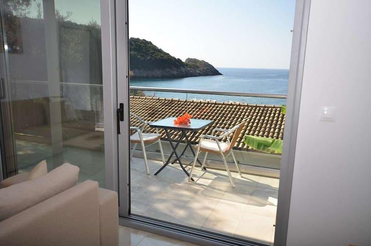 Aghia Triada Villa in Paleokastritsa