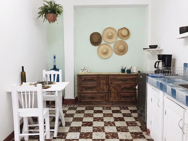 Discover Oaxaca from the Downtown Apartment #2!!
