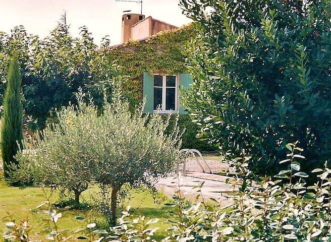 Votre chambre en Luberon proche de Lourmarin.
