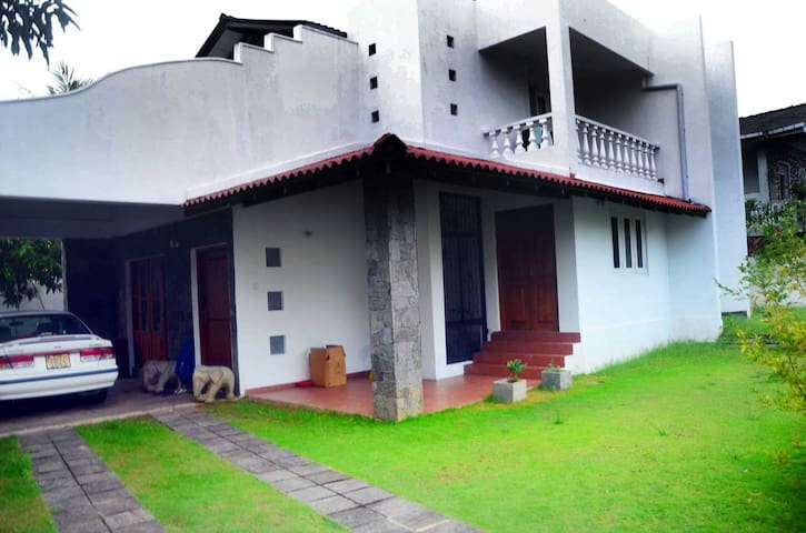 4 Bedroom House in Galle