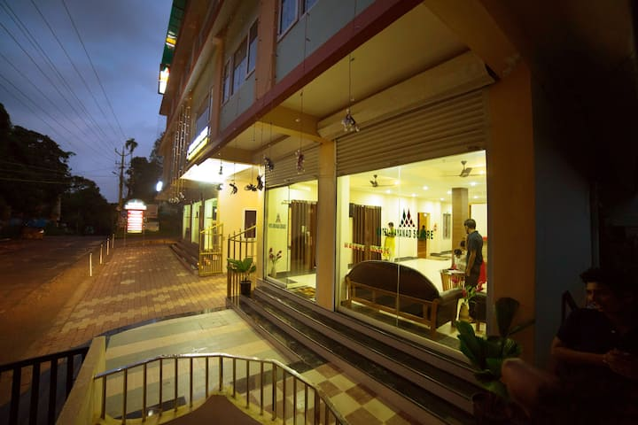 Premium Family Room in the heart of Mananthavady