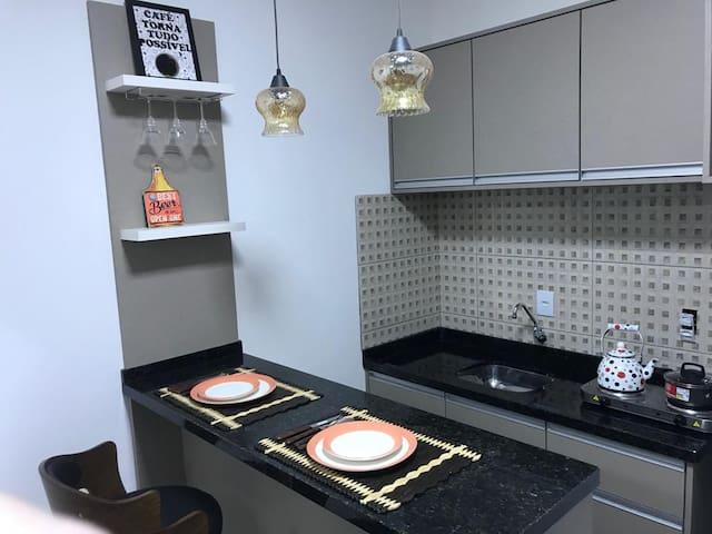 Studio Completo de Alto Padrão - Centro Curitiba