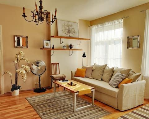 Lindo apartamento de dois quartos Old Town com jacuzzi