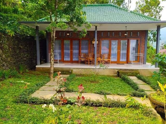 Sekumpul authentic house II