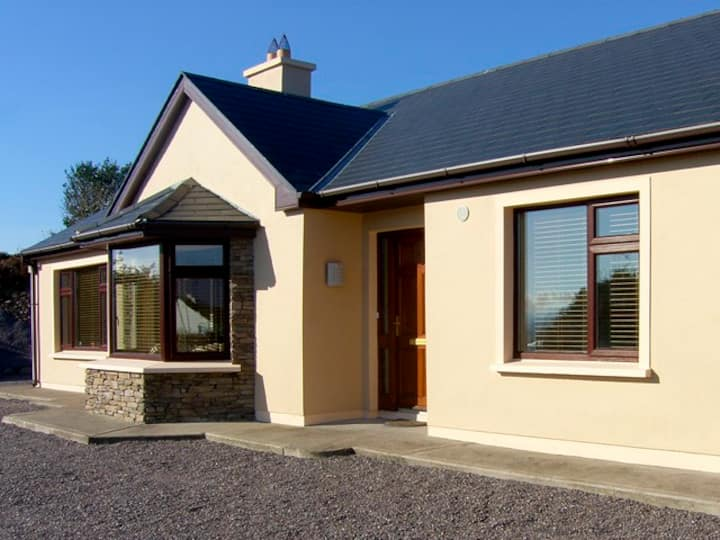 Bungalow with Lake Views, Waterville Co Kerry