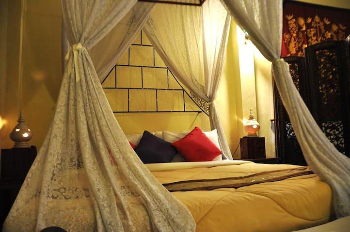 Grand double bedroom in Sukhothai