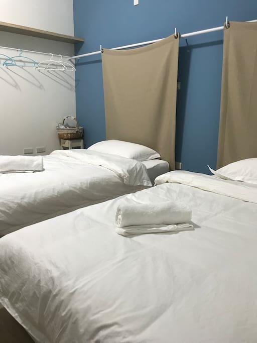 套房2A (雙床, 獨立衛浴, 陽台) Room 2A (twin bed)