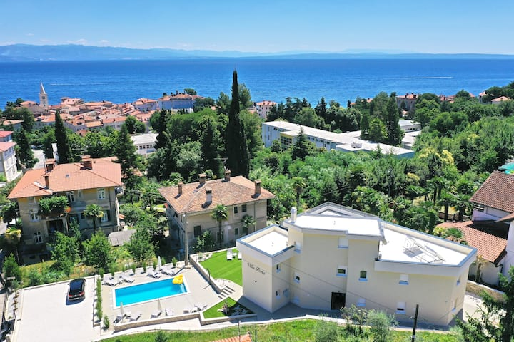 Villa Perla with swimming pool, Lovran - Opatija