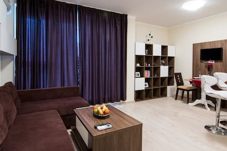 *Super Central 2 Bed Ace Apartment* - Burgas