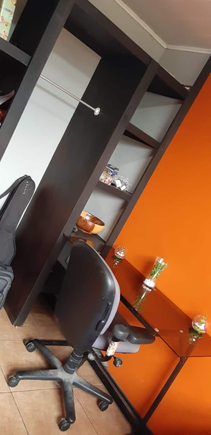 Space to rent/travelers with 2 rooms 1 bathroom