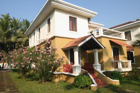 Elegant Villa Nirvana at North Goa - Guirim