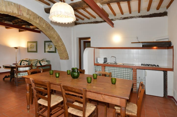 Forno - 5 beds apartment Tuscan countryside