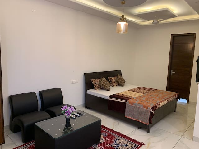 Luxury Studio Room Homestay