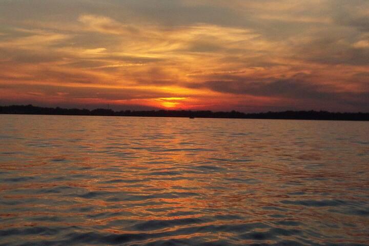 Lake Wawasee - Best views and beach!