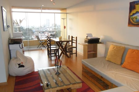 Staying in authentic Lima (1)