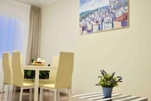 C Cozy room for 4 in the heart of Barcelona!!!