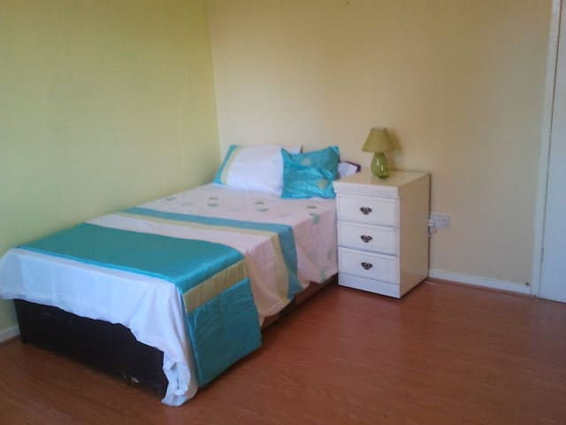 modern comfortable  large double room