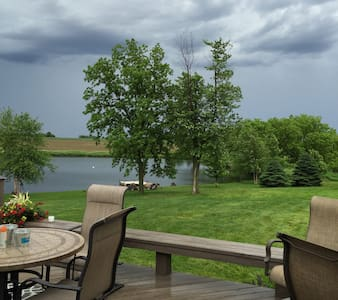 Country Ranch with Lake Views - Fremont