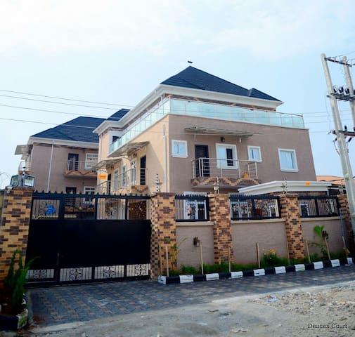 Deuces Court Apartments, Lekki, Lagos - Lagos - Appartement