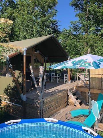 Glamping tent met eigen zwembad