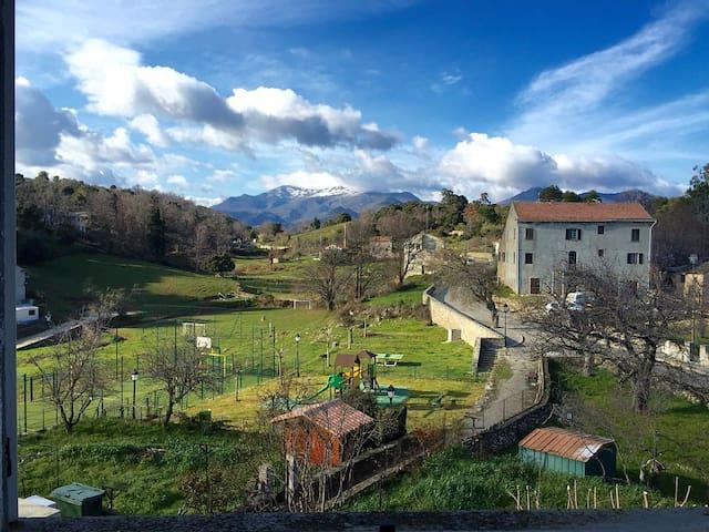 Maison typique corse entre mer et montagne - Tallone - Casa