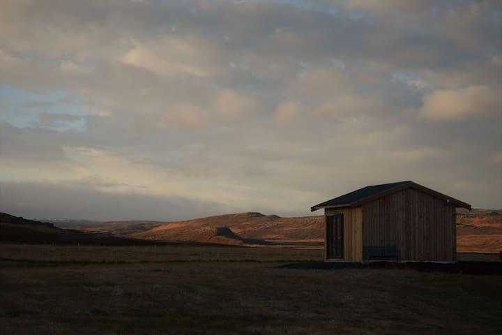 """Stóri-Bakki cosy cottage near Egilsstaðir""""Jökull"""""""