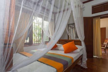 Lovely Third Room in Rajagiriya - Sri Jayawardenepura Kotte - House