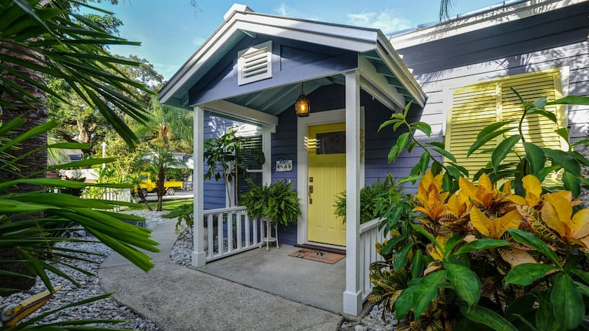 Seadog- Heart of Downtown Safety Harbor, Florida - Safety Harbor - Bungalow