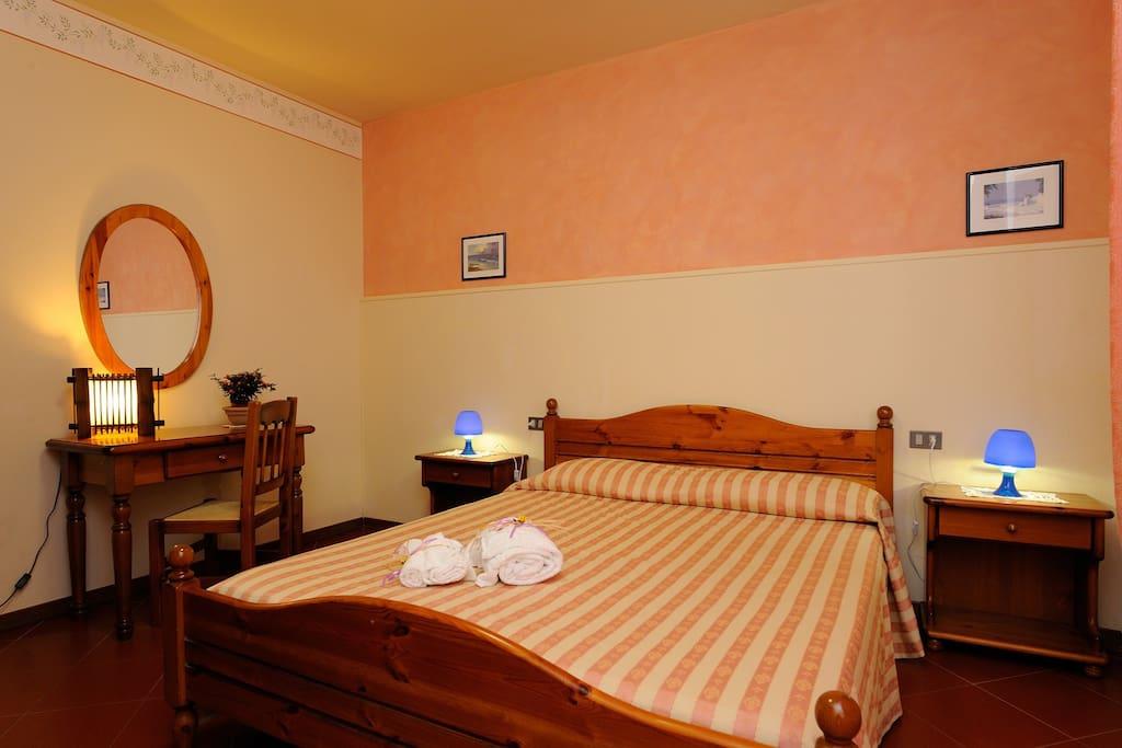 Agriturismo Il Boschetto - Comfortable bedroom