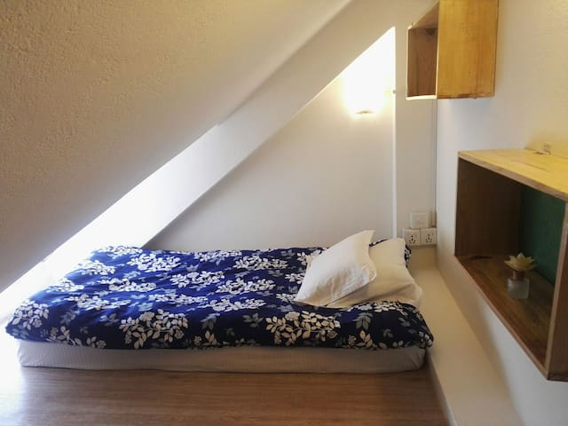 Unique dwarf attic room for 5$ per night