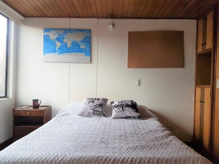 Comfortable apartment acogedor cerca CC TitanPlaza