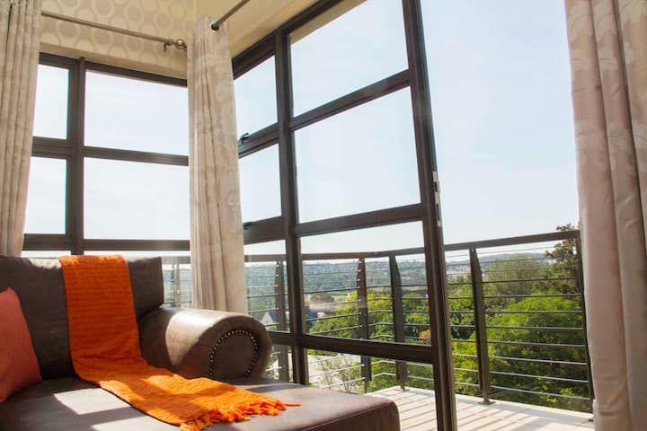 Perfect Traveler's Apartment in Sandton