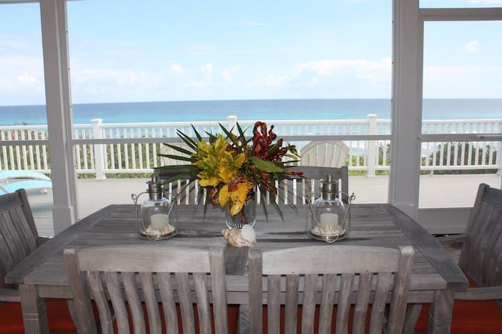 ISLAND DREAMS BEACH HOUSE!!!  OPTION OF 1BR or 2BR