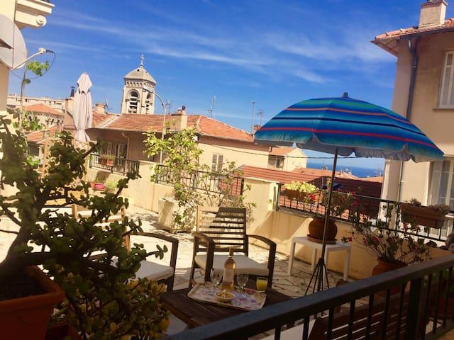 Maison, centre ville, terrasse, garage, 5' Monaco