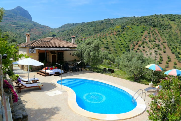 Delightful and private rural villa