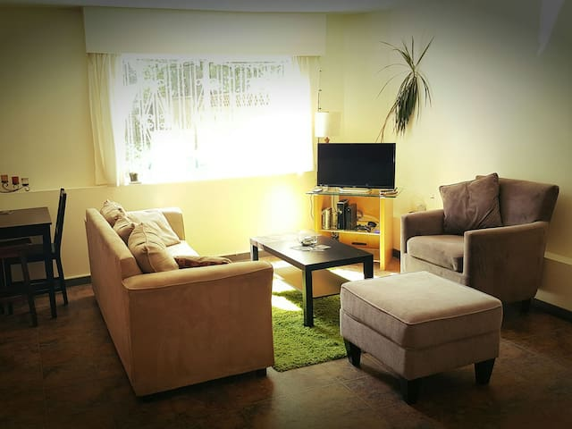 Private Room, Vancouver, Downtown - Vancouver - House