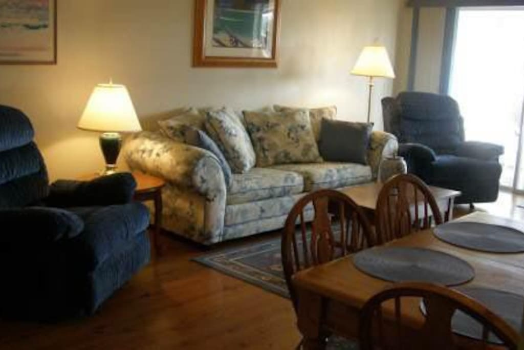 Living area, 2 super recliners and comfortable sleeper sofa!