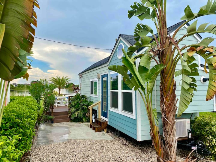 The Breeze Tiny House-NEW