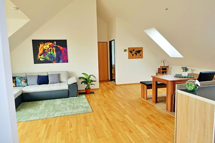 ❤ Ruhige Penthouse-Wohnung in perfekter Lage ❤