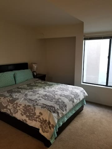 One Bedroom With Private Bath Available Downtown Apartments For Rent In Sacramento California