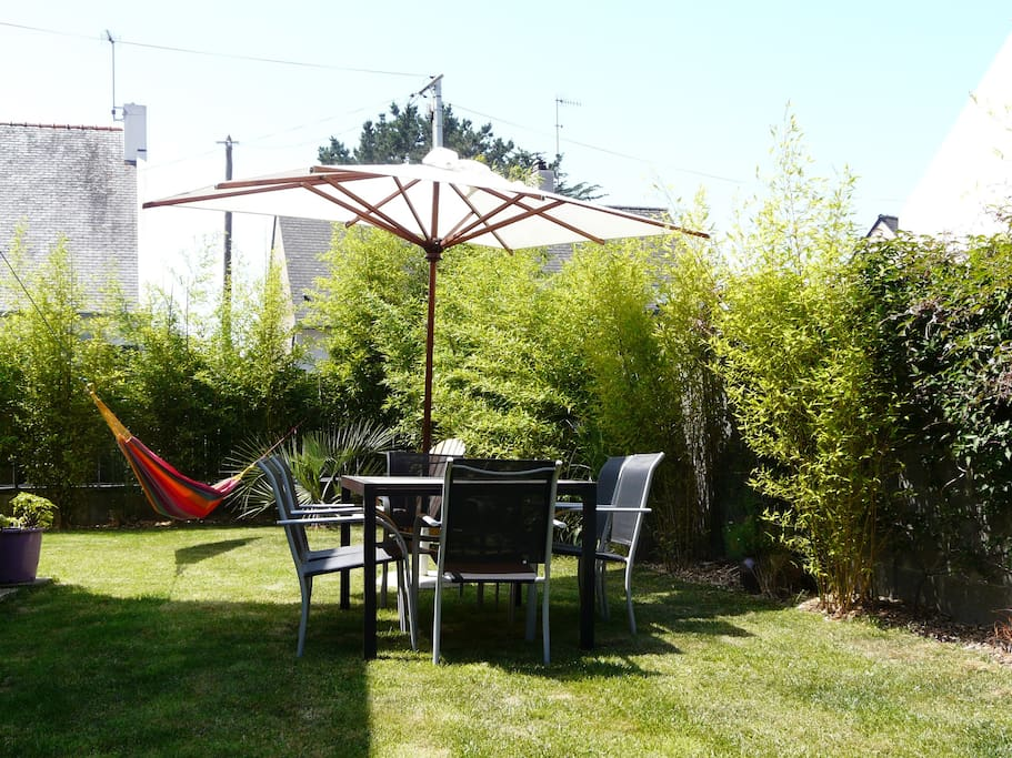 Maison au calme avec jardin mer 500m houses for rent for Entretien jardin le relecq kerhuon