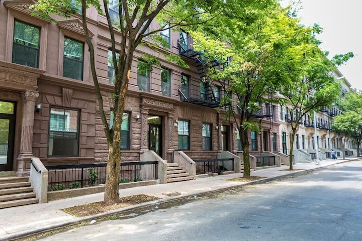 Charming Apartment by Central Park & Museum Mile.