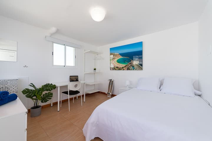 Coliving Canarias - Lanzarote Room - Papaya House