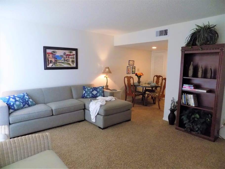 Relaxing one bedroom ground floor central location wifi 1 bedroom apartments in pensacola fl