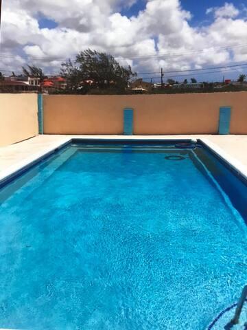 Seascape Family Villa, private pool, next to sea