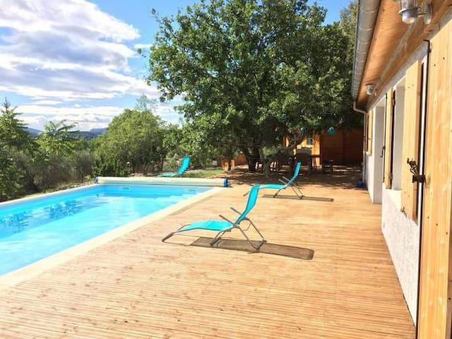 Rare : Villa, piscine, grand jardin ombragé - Ruoms - Pis