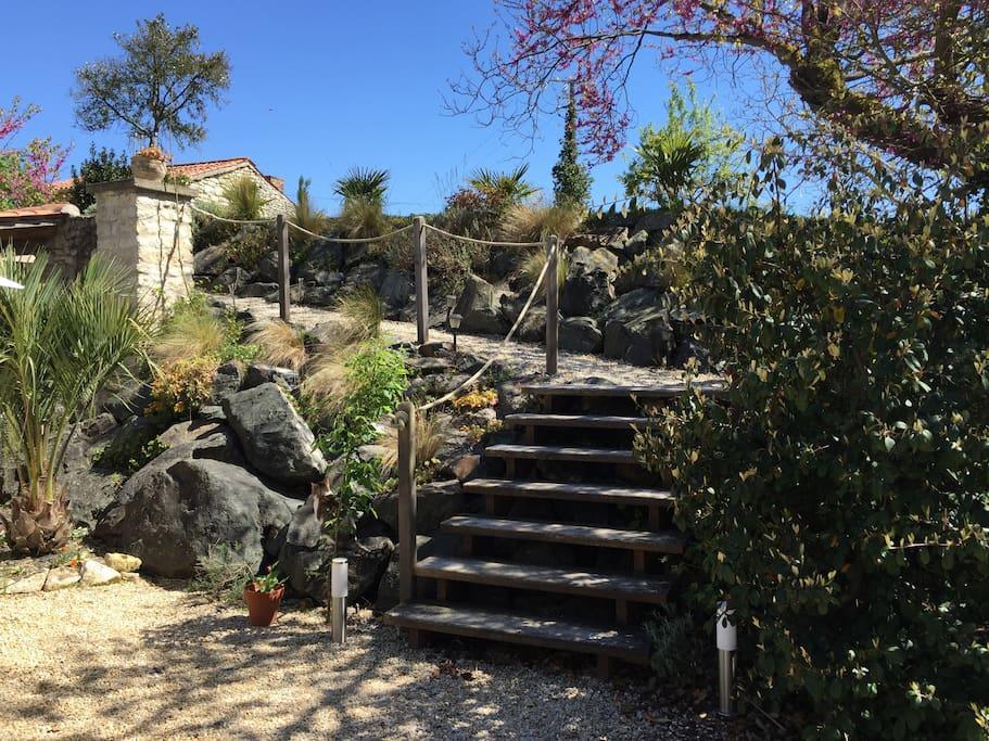 Vue de l'accès - Jardin Haut