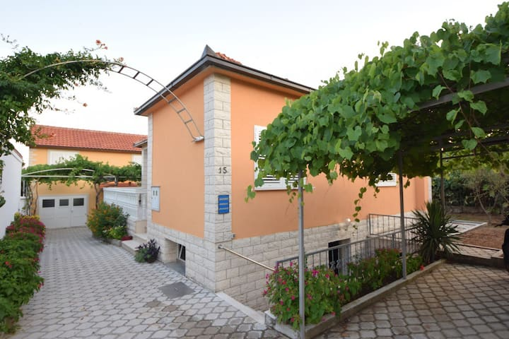 Holiday House Orebic Croatia - Orebić - House