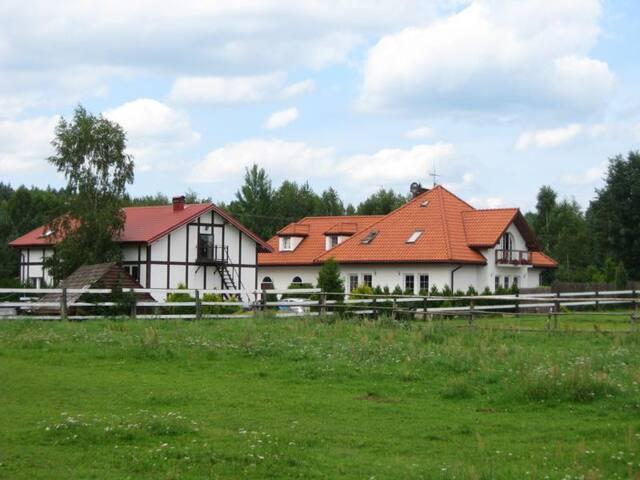 Stajnia nad mazurskim Jeziorem Omulew - nidzicki - House